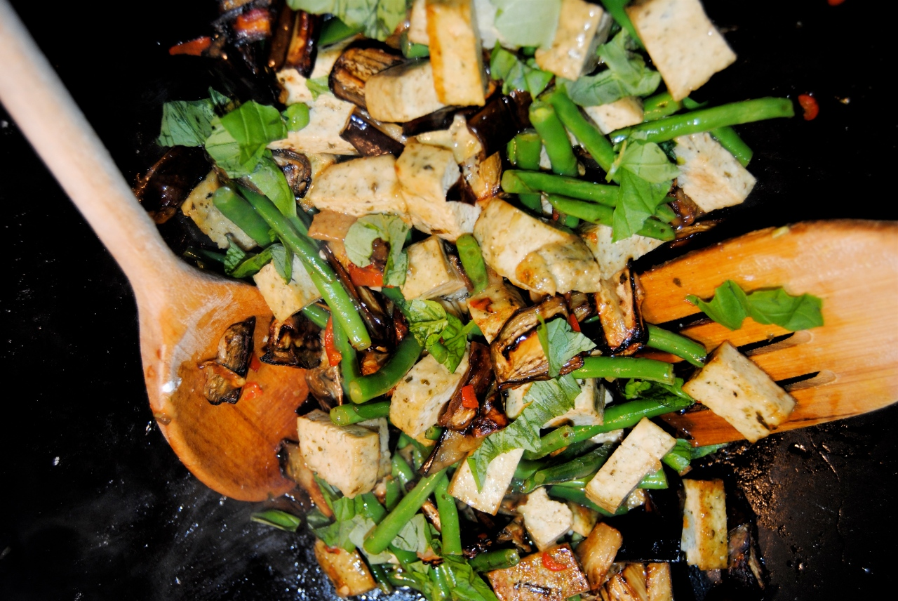 Tofu and Aubergine Lime-Basil Stir Fry | food to glow
