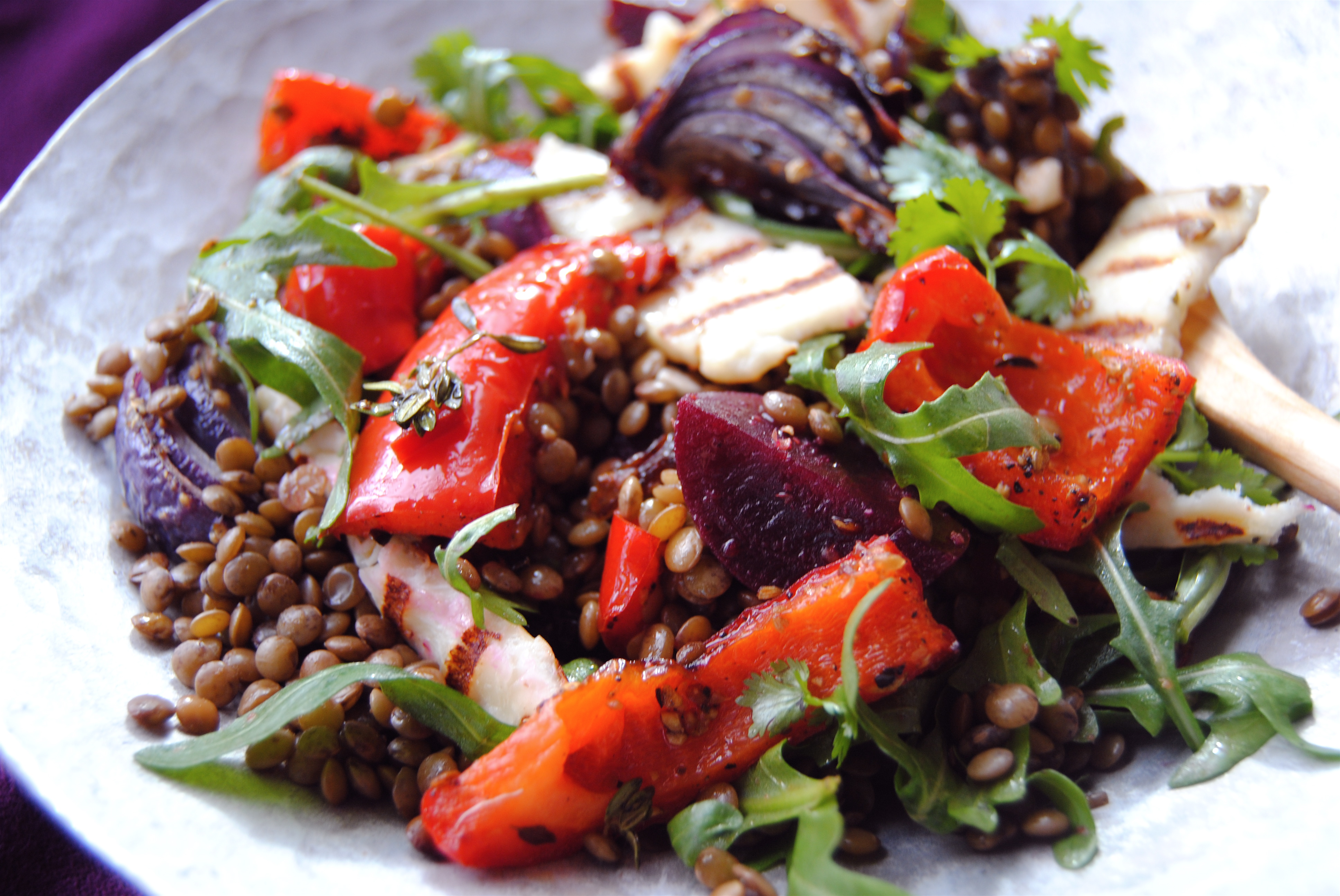 Warm Beetroot, Lentil and Pepper Salad | food to glow