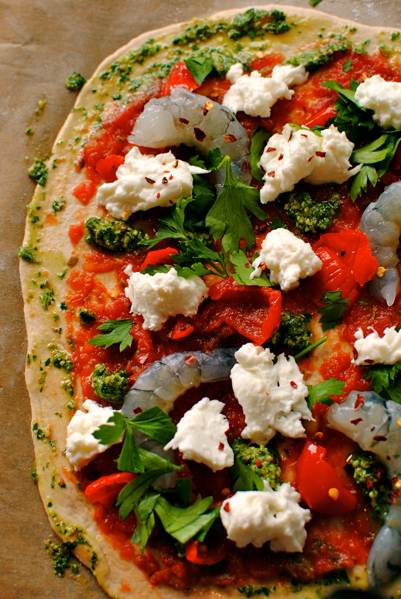 Prawn, Pepper and Parsley Pesto Pizza with Chilli Chard | food to glow