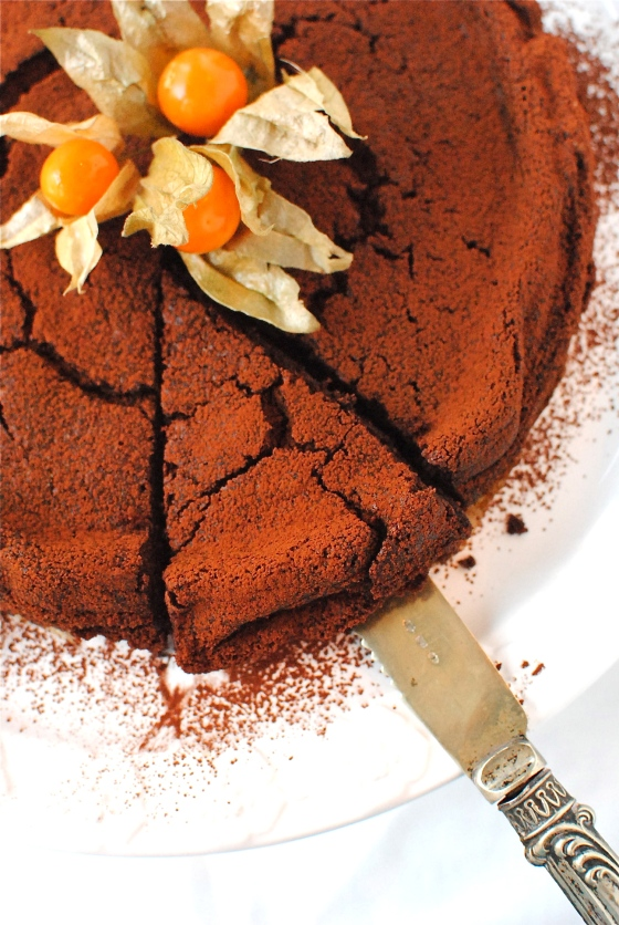 chocolate chestnut truffle cake