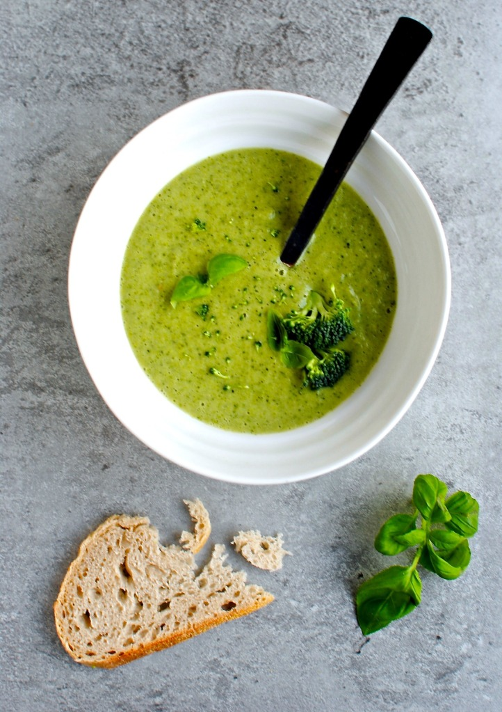 broccoli and basil soup