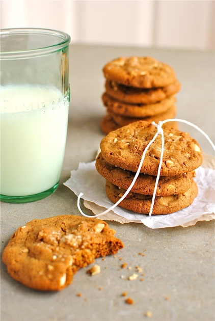 cashew & triple ginger biscuits
