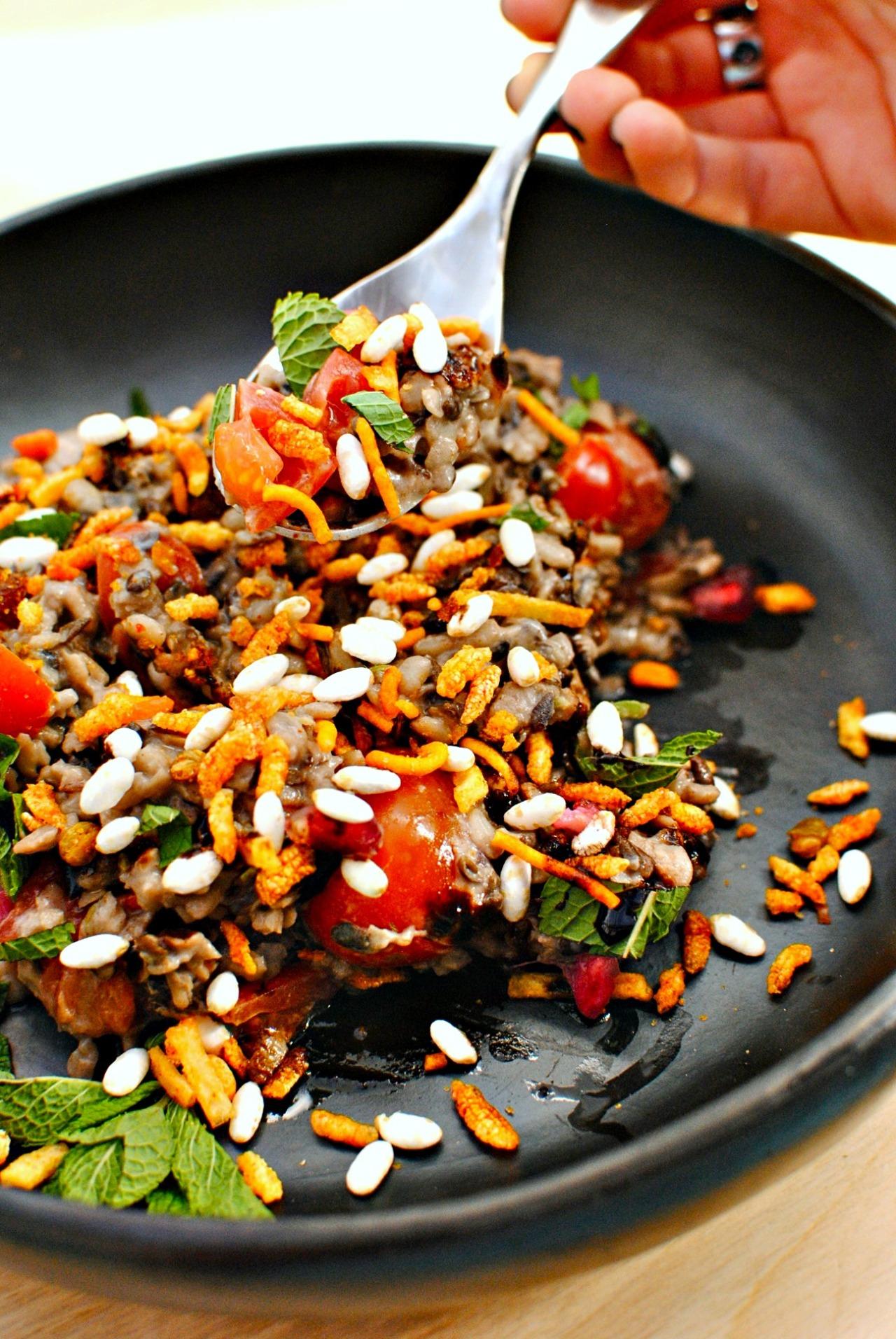 dal-with-jhal-muri-and-tamarind-sauce