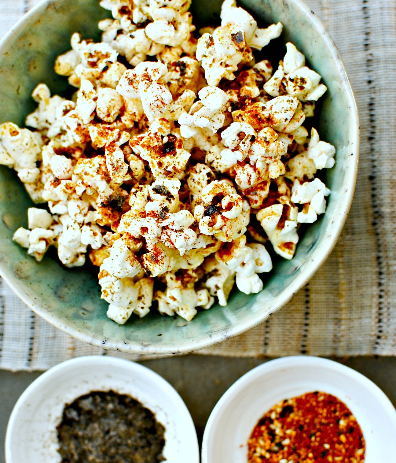 Spicy Seaweed (or Kale!) Popcorn + A Happy Life Lesson | food to glow