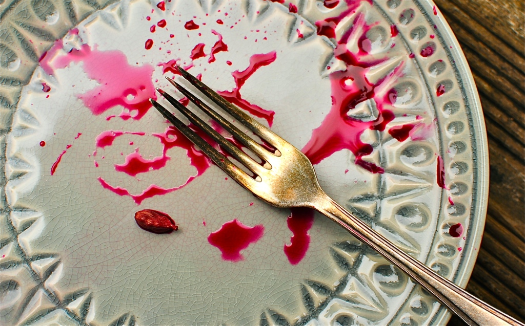 anthropologie-plate-with-food-smears