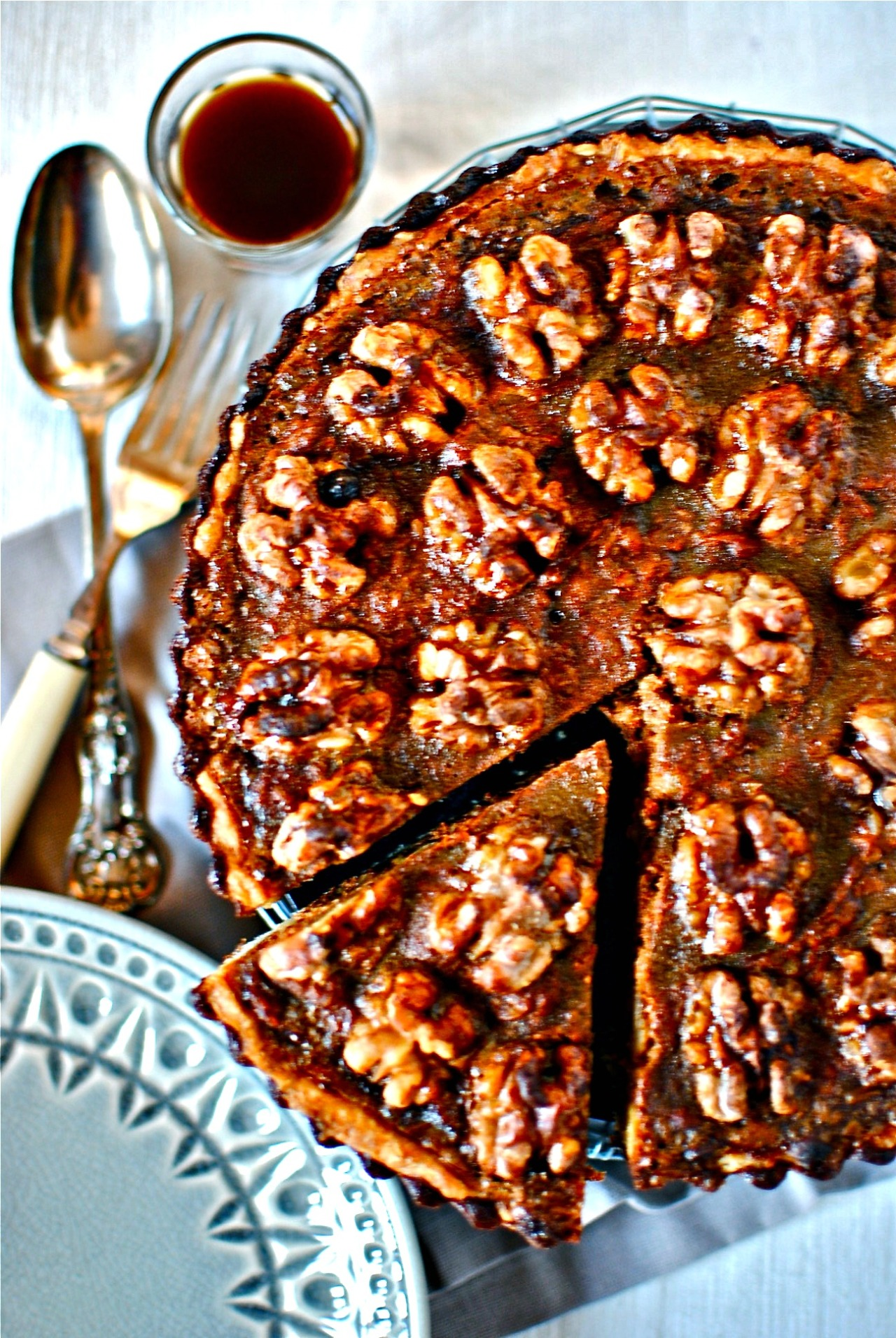 chocolate-walnut-pumpkin-pie-image