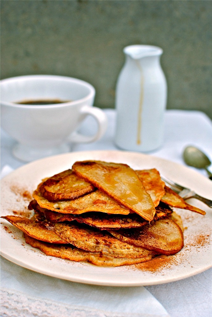 quinoa-pancakes-with-peanut-butter