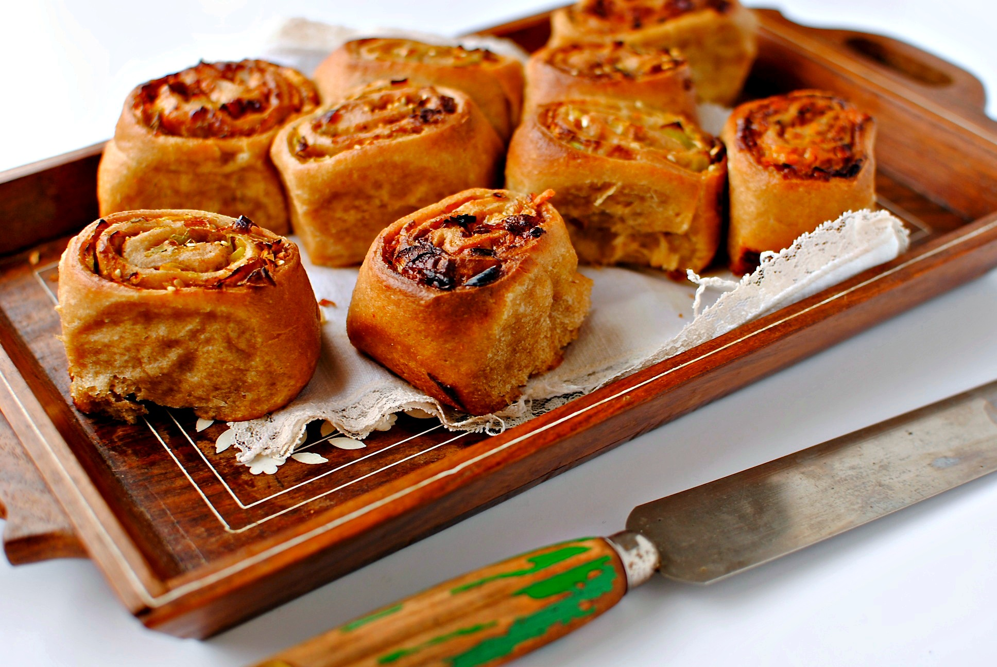 Savoury Chelsea Buns – Two Ways | food to glow