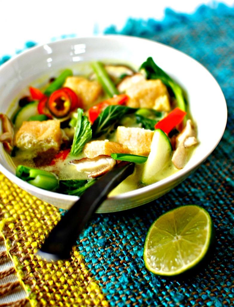 lemongrass and coconut tofu soup