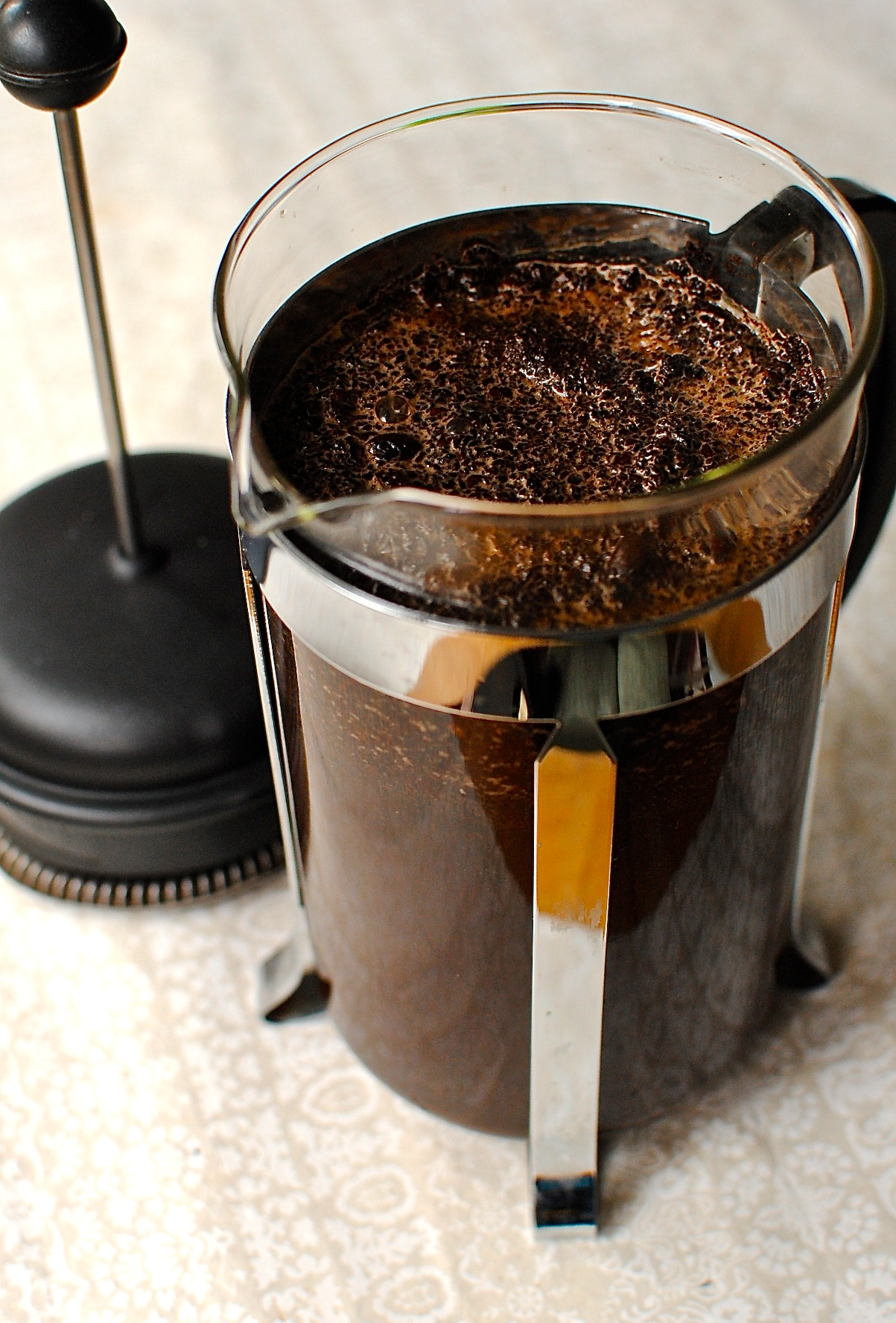 making cold brew coffee concentrate in a french press cafetiere food to glow. Black Bedroom Furniture Sets. Home Design Ideas