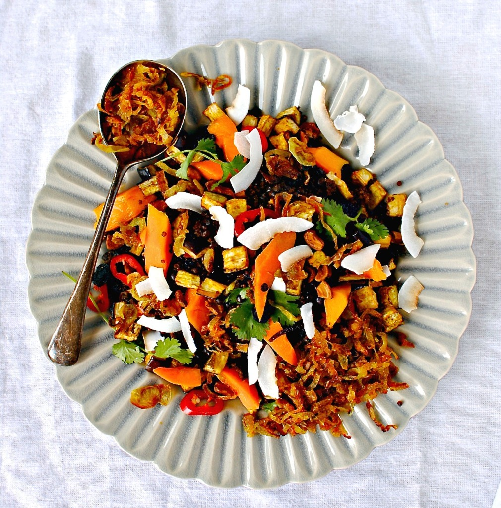 mango, lentil and quinoa salad by food to glow