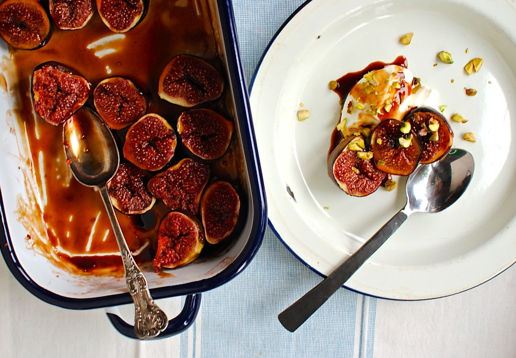 roasted balsamic and date syrup figs by food to glow