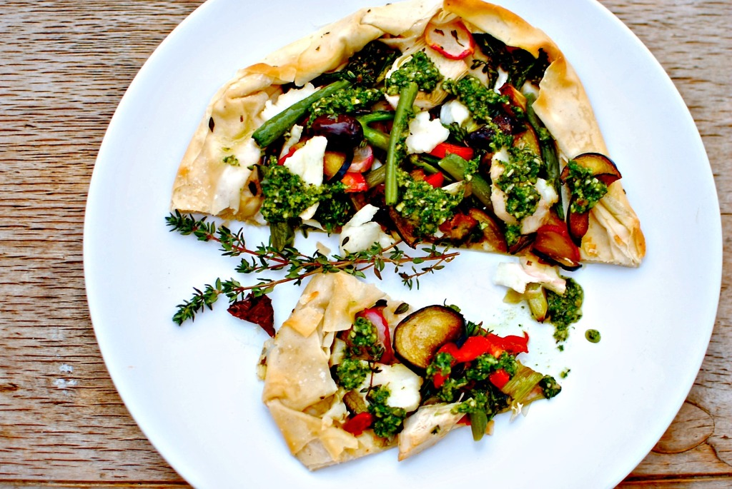 Easy Mediterranean Vegetable and Halloumi Galette | food to glow