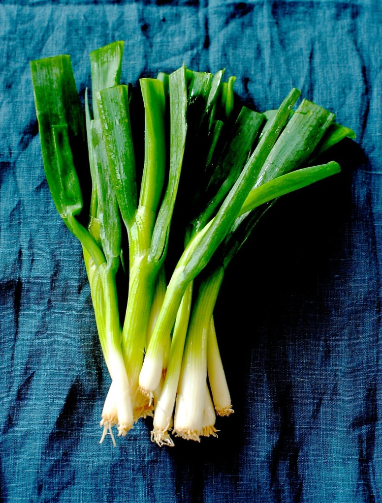 spring onions by food to glow