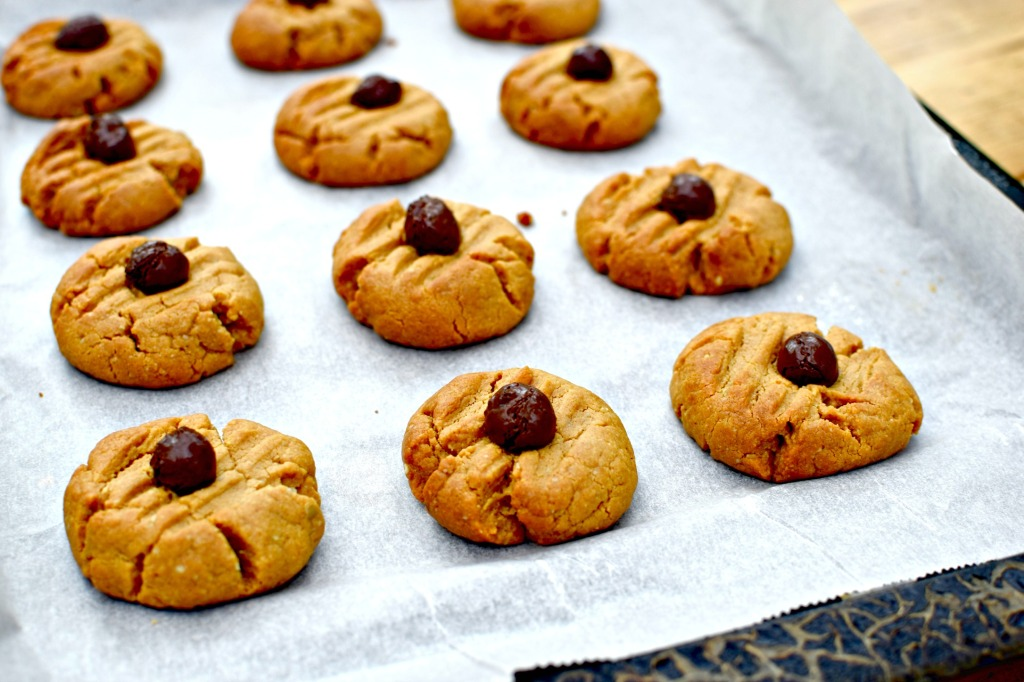 cashew and coffee cookies // food to glow  #vegan #grainfree #glutenfree #nuts #cookies #baking