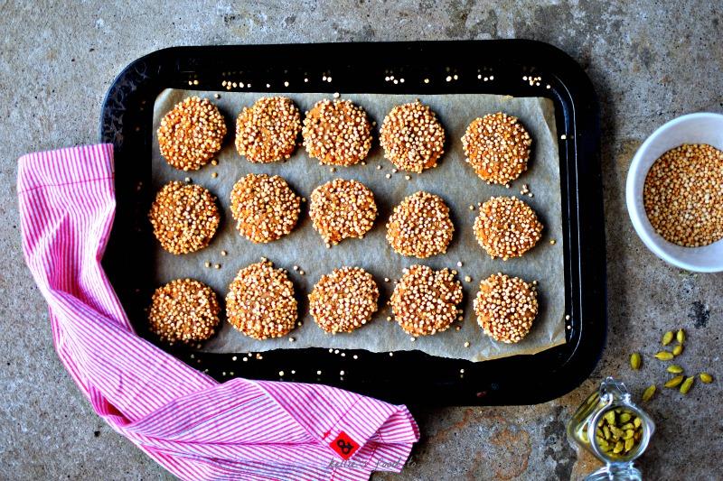 cardamom-quinoa-cookies-food-to-glow