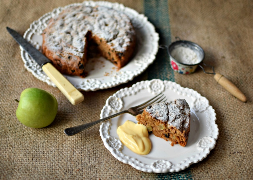 Brimming with fresh apples and with a hint of cinnamon, this easy cake makes a great pudding served warm with custard, or tucked into a lunchbox for a welcome treat.