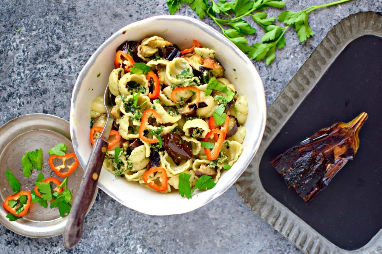 spinach phkali as pesto-like pasta sauce